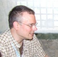 Steve McNiven durante l'intervista