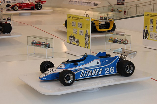 Una mostra mette due miti a confronto: Formula Uno e fumetti