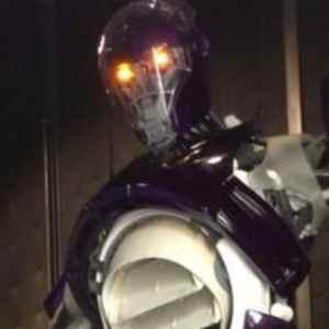 Una Sentinella sul set di X-Men: Days of Future Past