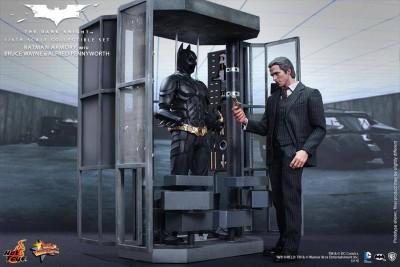 Hot Toys presenta action figures Batman di Nolan_Notizie