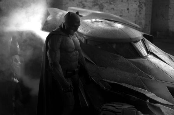 Man of Steel 2: Prima immagine ufficiale di Batman
