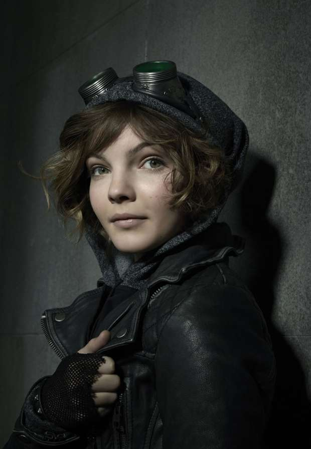 Gotham: nuove immagini e character poster_Notizie