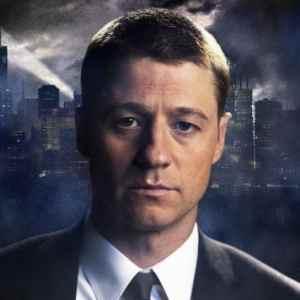 Gotham: nuove immagini e character poster