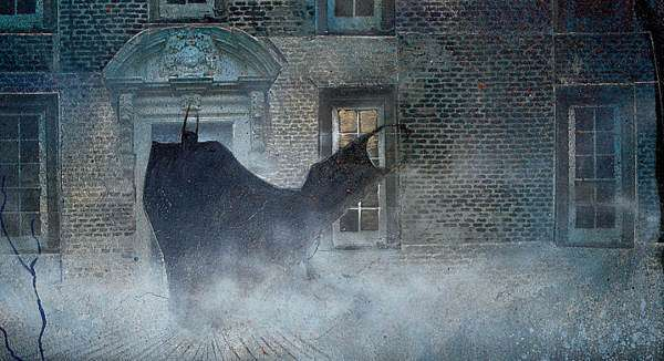 Batman entra nel manicomio Arkham