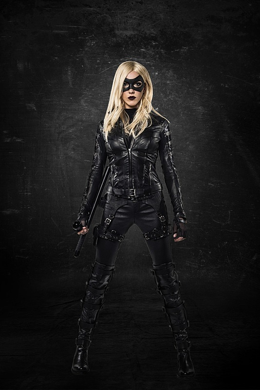 Arrow: Prime immagini di Katie Cassidy come Black Canary
