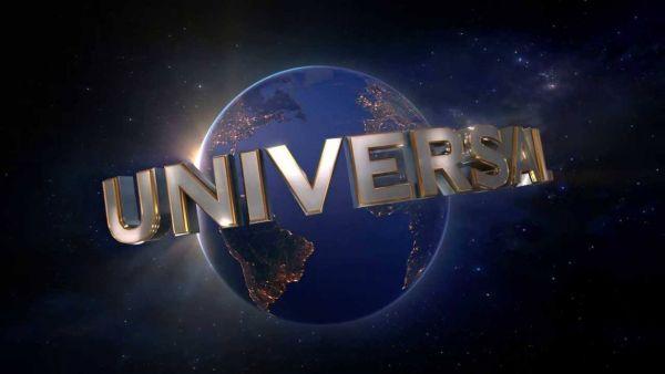 Robert Kirkman firma accordo con Universal