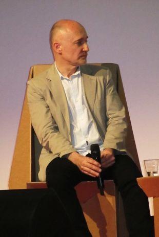 Richard McGuire sulla genesi e le tematiche presenti in Qui