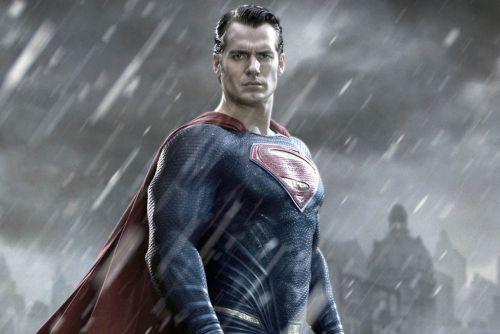 Henry Cavill parla del tornare a interpretare Superman