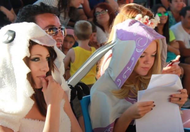 A Miragica, tra cosplay e canzoni di Cristina D'Avena