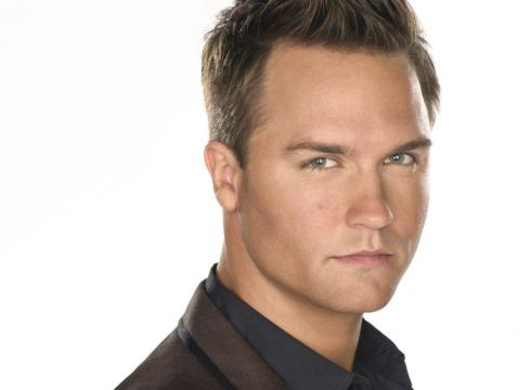 Scott Porter nel cast di Outcast