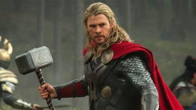 Nuovo sceneggiatore per Thor: Ragnarok