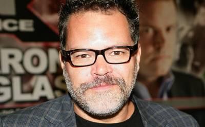 Aaron Douglas nel cast di The Flash