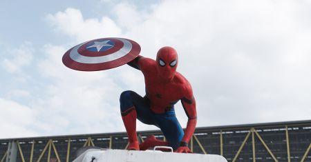 Captain America: Civil War – Cifre da record per il trailer