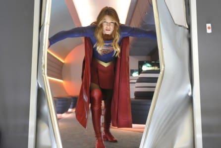 Supergirl: produzione cambia location per diminuire costi