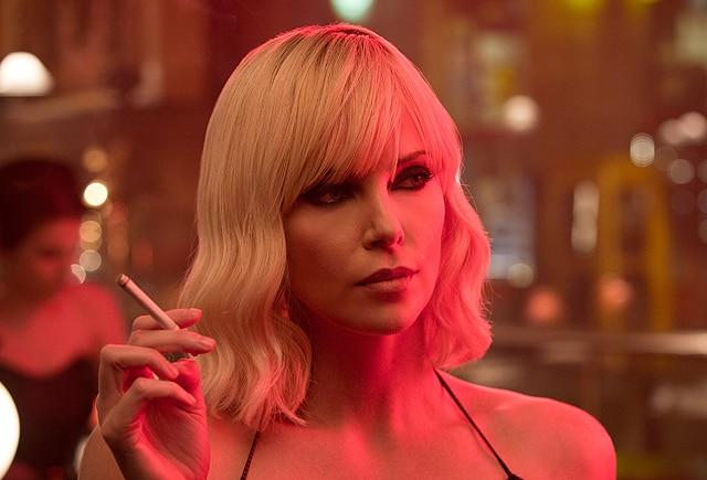 Il primo trailer di Atomic Blonde con Charlize Theron