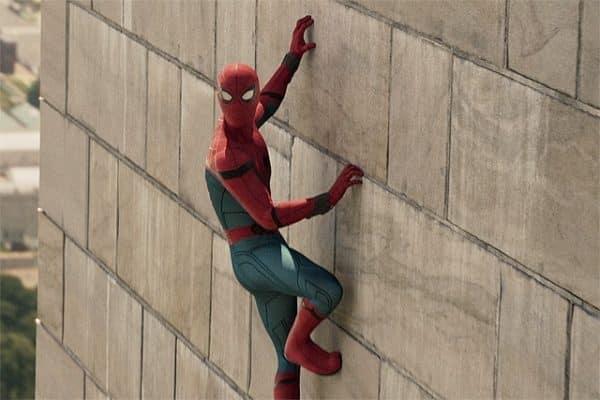 La promozione di Spider-Man, le difficoltà di Justice League_Nuvole di celluloide
