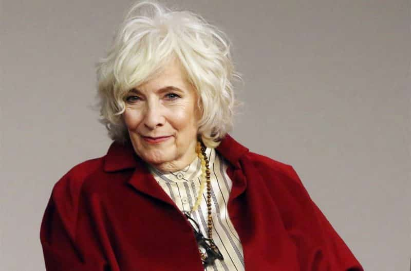 Betty Buckley guest star in Supergirl