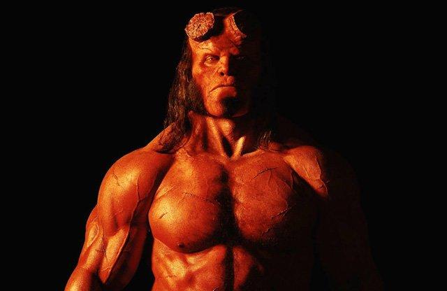 La scommessa di Hellboy e il coraggio di Ed Skrein