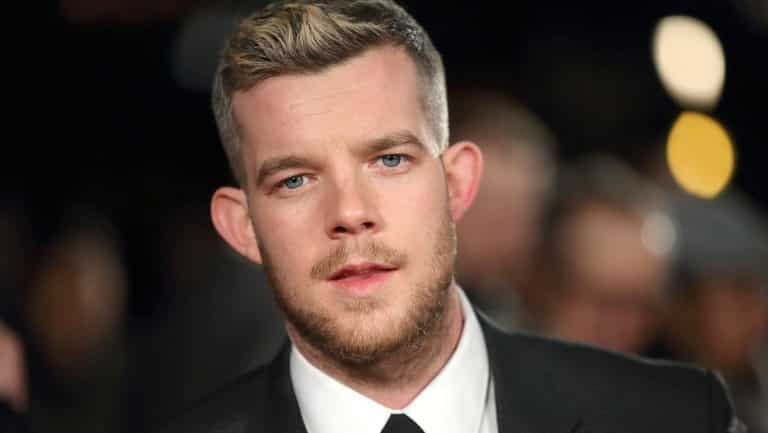 Russell Tovey da Quantico all'Arrowverse: sarà The Ray