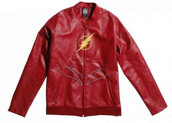 Justice League: Hot Topic lancia linea di abbigliamento