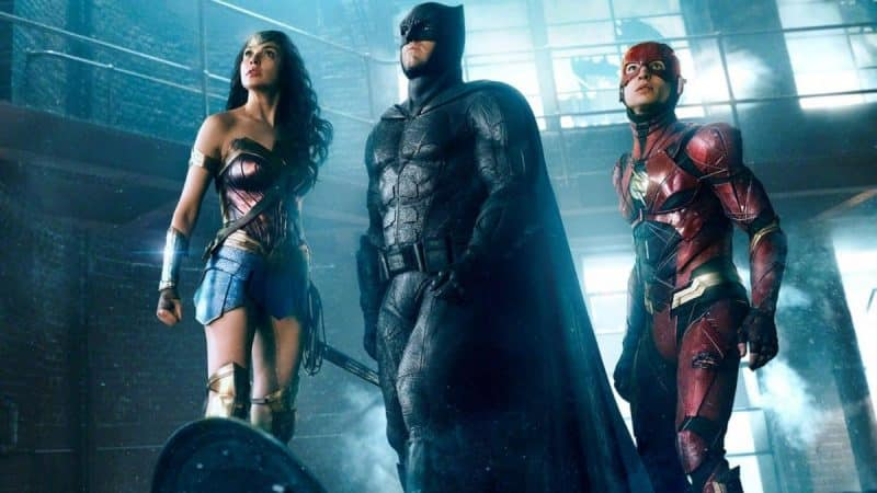 justice-league-batman-wonder-woman-the-flash-e1511369597947_Recensioni