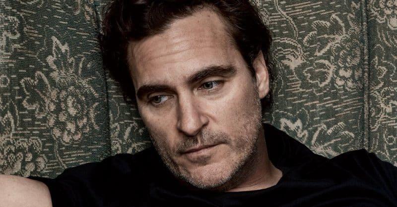 Joaquin Phoenix in trattative per ruolo Joker in film su origini villain