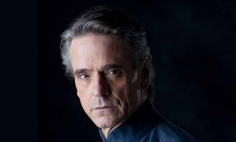 Watchmen: Jeremy Irons nel cast del serial HBO