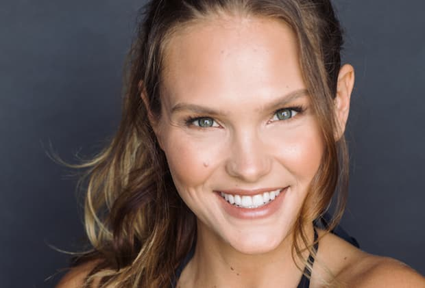 Crossover The CW: Cassandra Jean Amell sarà Nora Fries