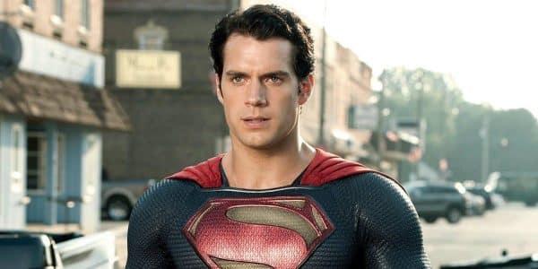 Henry Cavill in trattative per riprendere il ruolo di Superman