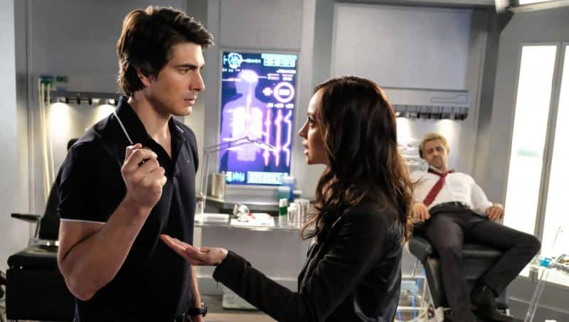 Legends of Tomorrow: Brandon Routh e Courtney Ford lasciano la serie