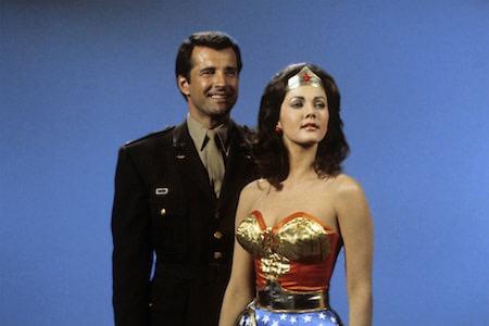 Addio a Lyle Waggoner, fu Steve Trevor nel serial di Wonder Woman