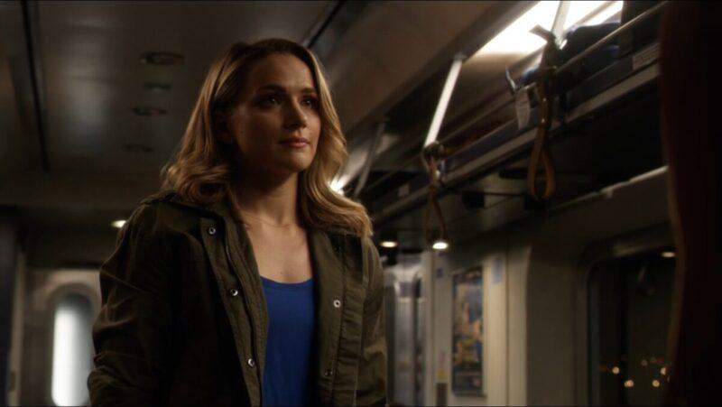 Shantel VanSanten accusa showrunner per sua uscita da The Flash