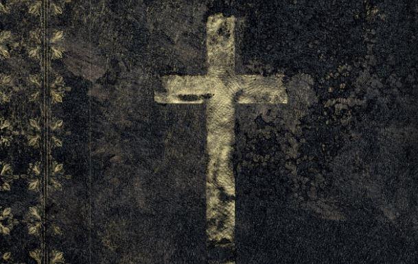 Esorcismi in Vaticano: El Torres porta l'orrore a Roma
