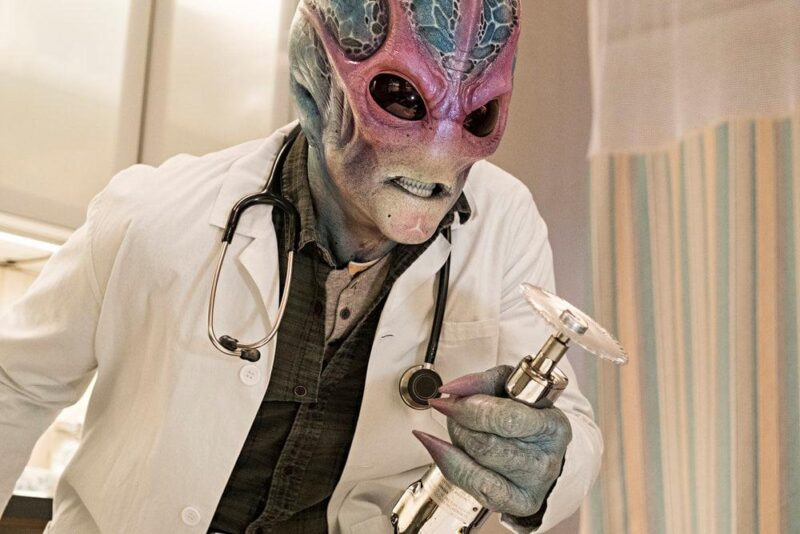 Resident Alien in prima visione assoluta su Rai4