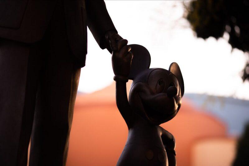 Disney e Misan Harriman annunciano progetto fotografico su Topolino