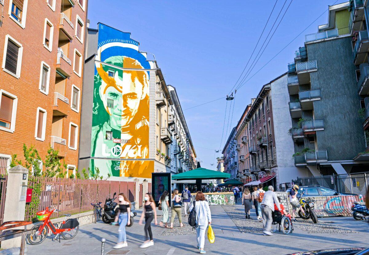 LOKI | A Milano il murales di Lucamaleonte dedicato alla serie